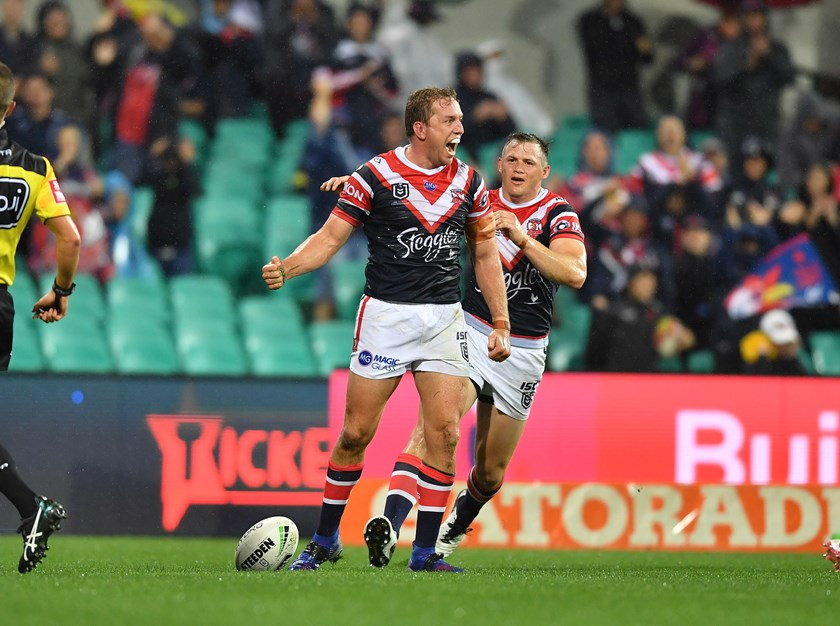 Aubusson scores the first try of the year for the Sydney Roosters.